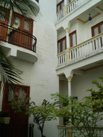 Hotel Monterrey: vista de las puertas de los balcones de las habitaciones
