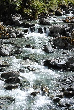 Ultimate Hikes: the river by the trail
