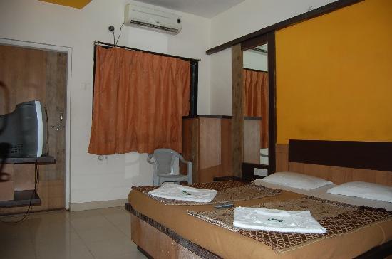 Room of Hotel Saikrupa Shirdi