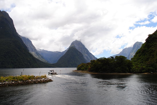 Milford Sound Select