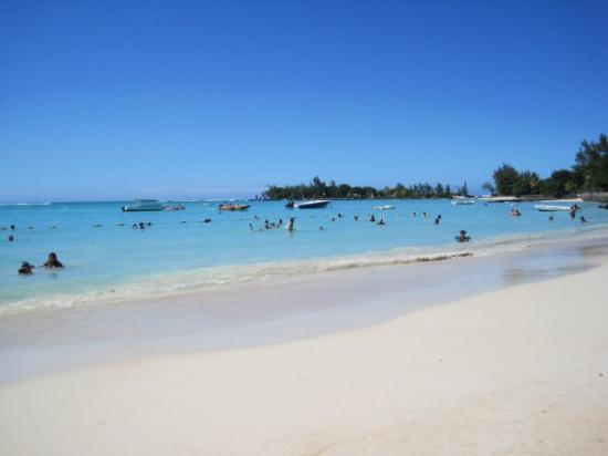 Pereybere Beach: Pereybére
