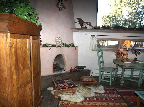 Inger Jirby's Guest Houses: the living room's fireplace section