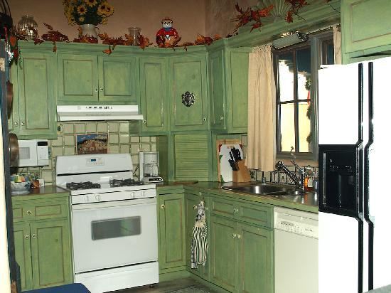 Inger Jirby's Guest Houses: the kitchen