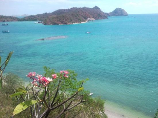 Komodo National Park, Indonesia: Labuan Bajo: The view from our room :-)
