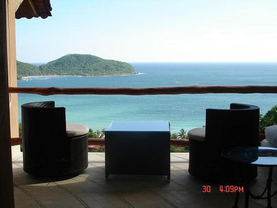 Casa Romantica: Bedroom Balcony Stunning Views