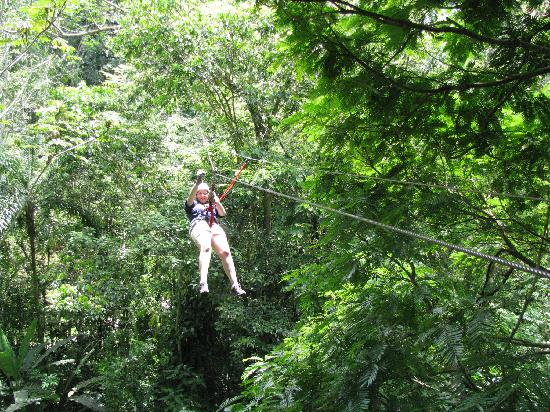 Almonds and Corals Hotel: Zip along on the zip line