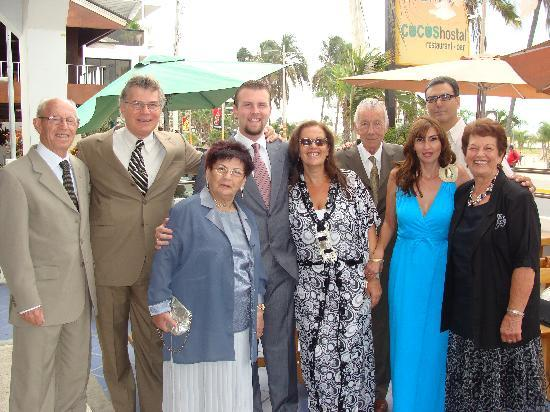 Cocos Hotel: Shalev Abramovic family, few hours from the wedding.