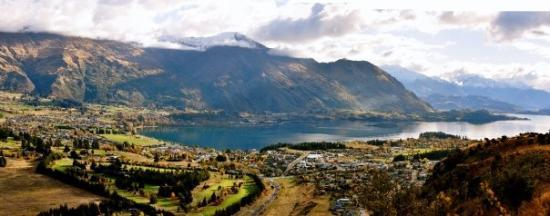 The town of Wanaka from the top of Mount Iron.