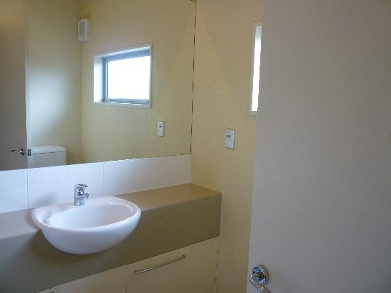 The Westhaven: Bathroom room #11