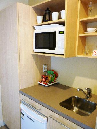 The Westhaven: Kitchenette