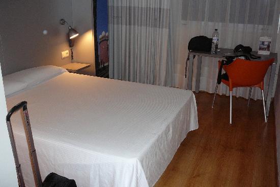 B&B Hotel Figueres: camera 311