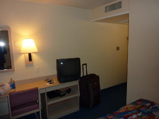 西雅圖東 - 伊薩誇 6 號汽車旅館照片