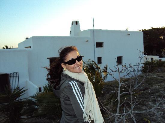 Cortijo Los Malenos: vista dos fundos dos apartamentos, que possuem charmosos terraços