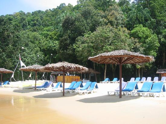 Club Med Cherating Beach : la bar sur plage du centre nautique