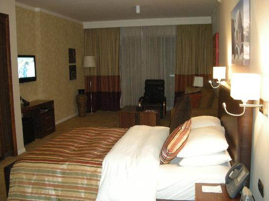Staybridge Suites Cairo-Citystars: Camera - Vista Letto