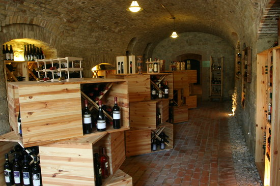 Royal Wine House and Wine Cellar Museum: Shop