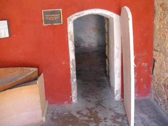 Fort Frederik: powder magazine