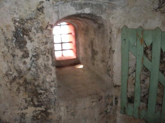 Fort Frederik: inside the fort