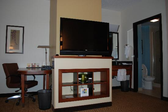 SpringHill Suites Birmingham Downtown at UAB: TV (swivels) & Office Area (includes fridge)