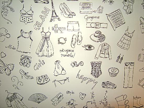 Utrillo: la tappezzeria del vano scale, carinissima