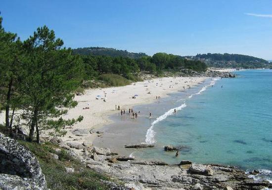 Cangas do Morrazo, Hiszpania: Barra, preciosa playa nudista