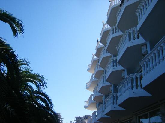 Hotel Harmonia : Outside view