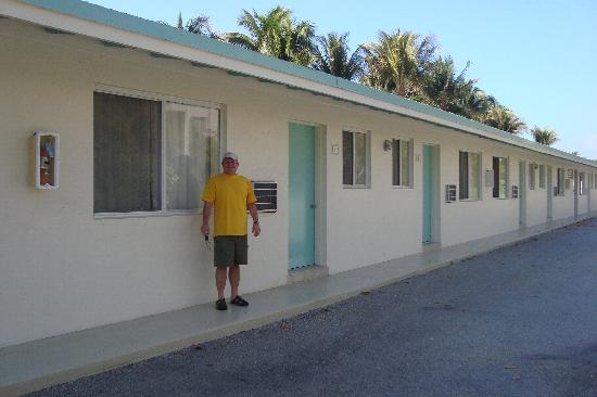 Silver Sands Beach Resort : Non-garden view rooms