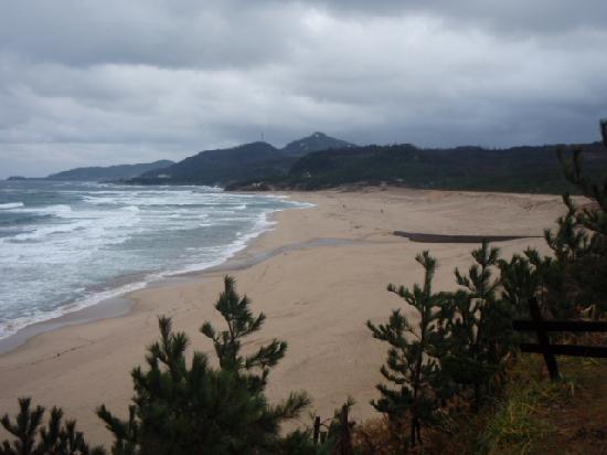 Hagoromoso : 宿の前の鳴き砂の海岸