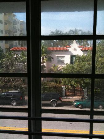 Royal South Beach Hotel: View from room 207