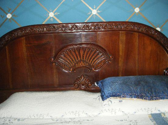 D'Nest Inn: King Size Bed, comphy