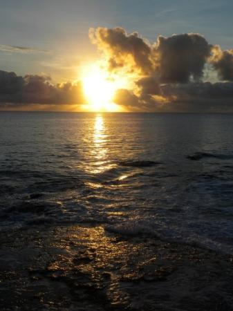 Alofi, Niue : Niue sunset are like none-other :)
