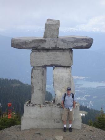 inukshuk on whistler mountain fotograf237a de whistler