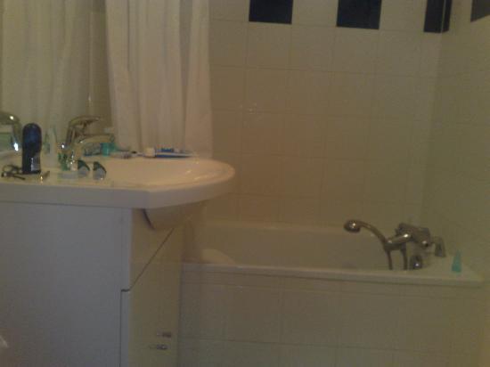 Appart'City Thonon-les-Bains : baño