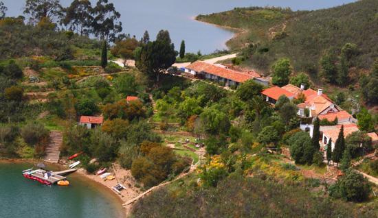 Quinta do Barranco da Estrada: Aerial of Quinta and gardens