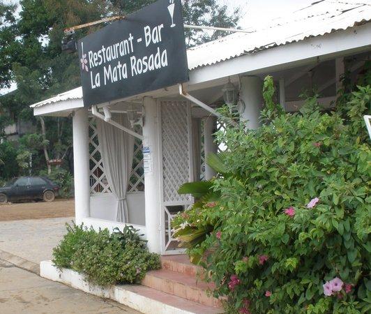Entrance of La Mata Rosada restaurant