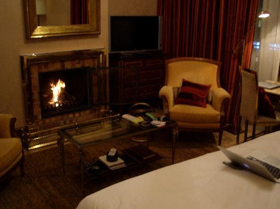 Hotel de la Cigogne: It's all about the fireplace