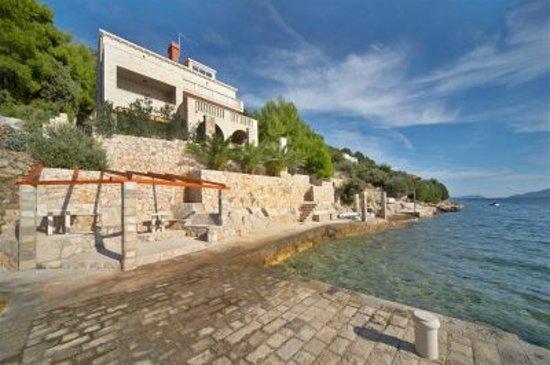 Photo of Villa Ratac Slano
