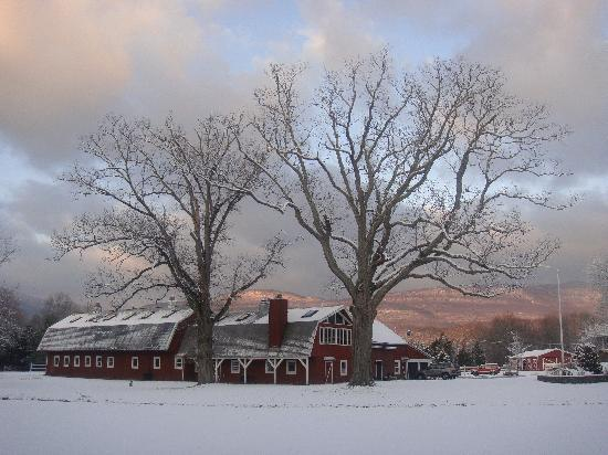 Catskill, NY: The Main Barn