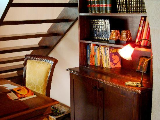 Niovi Traditional Guesthouses: Interior