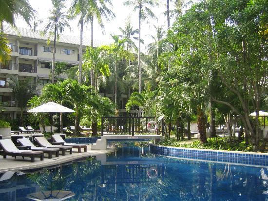 Novotel Phuket Surin Beach Resort. : pool view