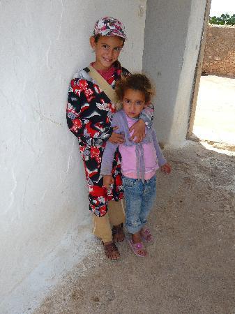 Essaouira, Morocco: enfants berbères