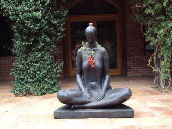 Rancho La Puerta Spa: One of many lovely statues