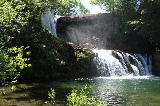 El Bolson, Argentinien: Catarata. Caida de agua