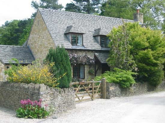 Cotswolds, UK: House in Lower Slaughter