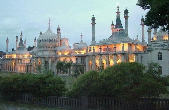 Royal Pavilion: During the First World War the Pavilion was used as a hospital for wounded Indian and West India