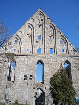 Convent of St. Bridget (Pirita Klooster): Most amazing find in Tallinn...The convent of St Brigitta (?) it was destroyed by Ivan the terri