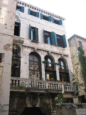 Foresteria Valdese Venezia: Currently undergoing a facelift