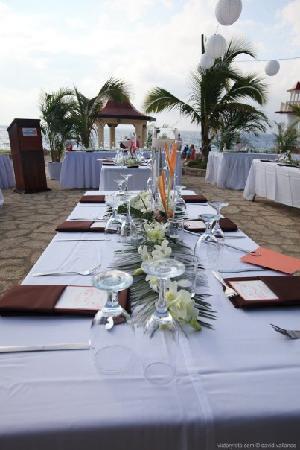 Negril Escape Resort & Spa: wedding tables