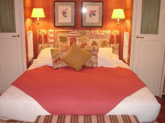 Hotel de l'Abbaye Saint-Germain: Comfy room