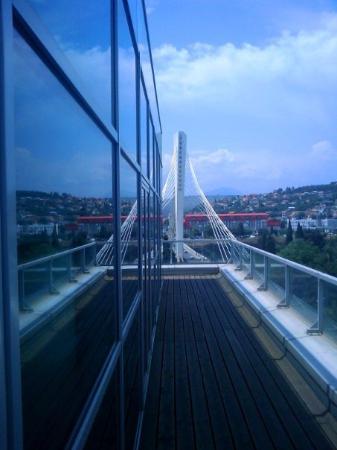 Podgorica, مونتينيغرو: Podgorica, 2009 [Millenium bridge, Podgorica]